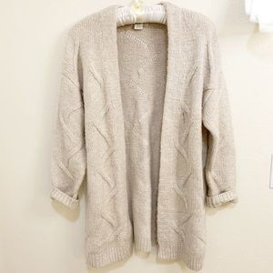 URBAN OUTFITTERS CHUNKY KNIT CABLE CARDIGAN